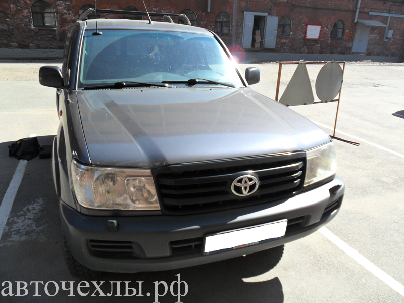 авточехлы на Toyota Land Cruiser 24